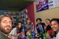 Como-dar-la-vuelta-al-mundo-amigos-chitwan
