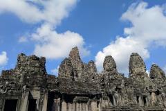 Como-dar-la-vuelta-al-mundo-bayond-en-angkor