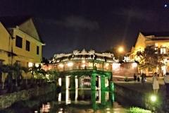 como-dar-la-vuelta-al-mundo-hoian-puente-japones