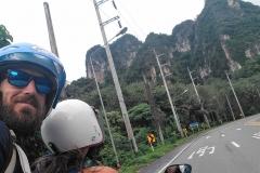 Como-dar-la-vuelta-al-mundo-moto-en-krabi-town