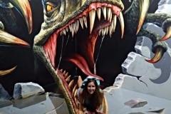 4.como-dar-la-vuelta-al-mundo-langkawi-3D-dinosaurio-min-768x1024
