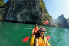como-dar-la-vuelta-al-mundo-lan-ha-bay-kayak