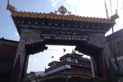 Como-dar-la-vuelta-al-mundo-monasterio-budista