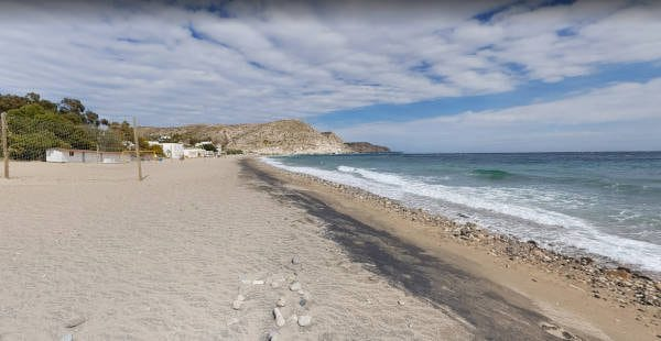 Playa-Agua-Amarga