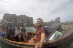 Como-dar-la-vuelta-al-mundo-long-boat-railay