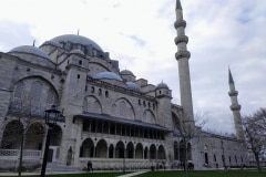 3.como-dar-la-vuelta-al-mundo-suleymaniye-1024x768