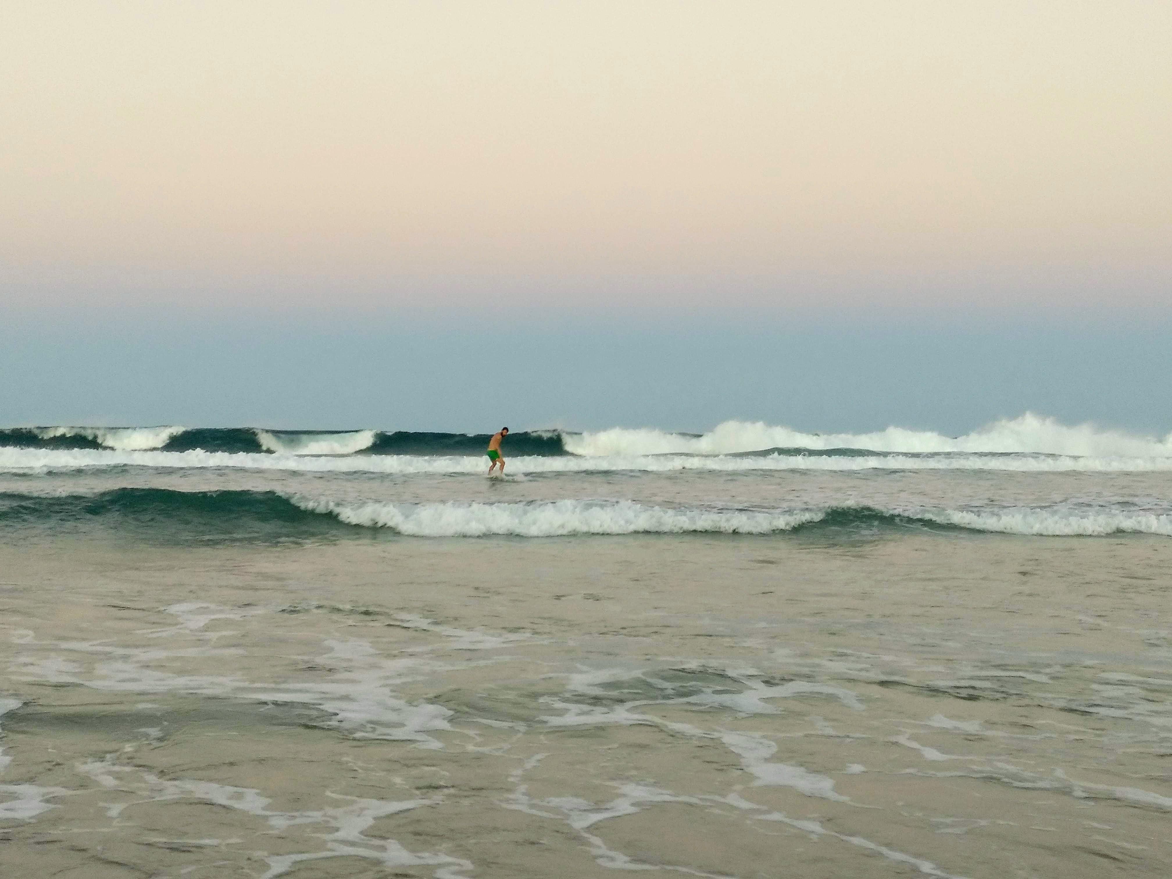 iñigo_surf-min