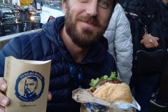 como-dar-la-vuelta-al-mundo-nz-queenstown-fergburger-min