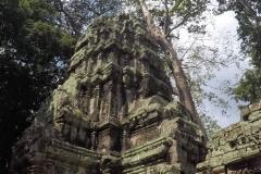 Como-dar-la-vuelta-al-mundo-tomb-raider-angkor