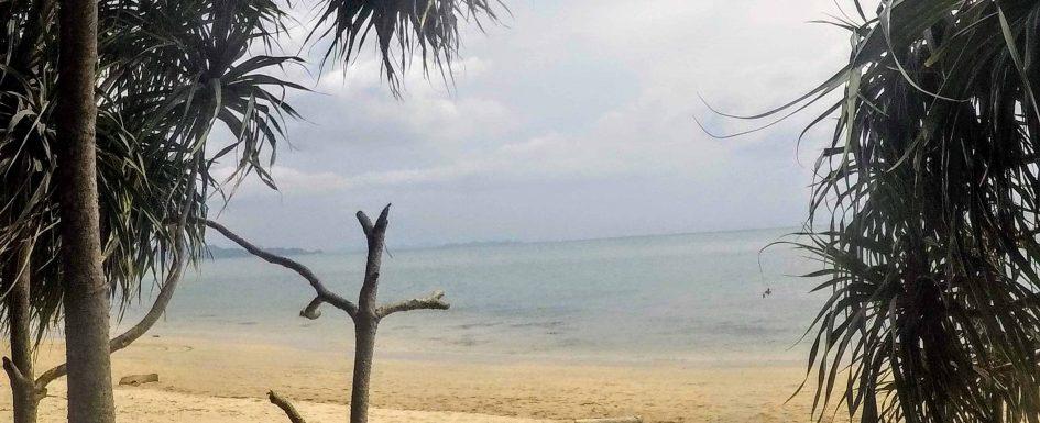como-dar-la-vuelta-al-mundo-koh-lanta-playa