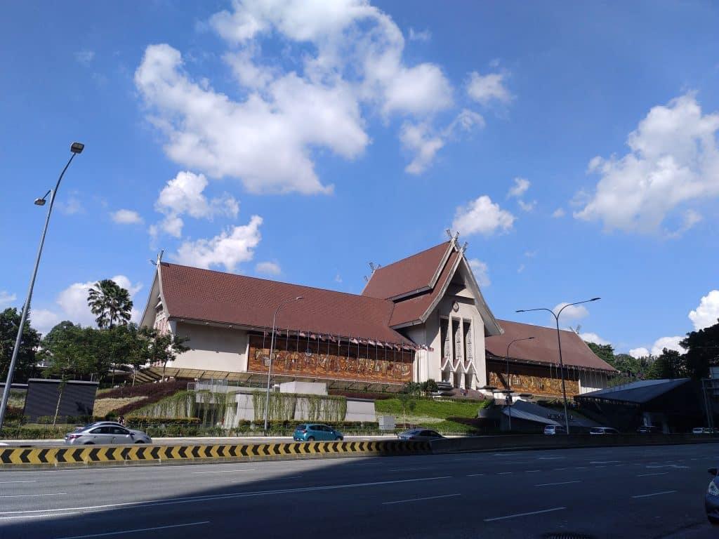 como-dar-la-vuelta-al-mundo-kl-museo-nacional